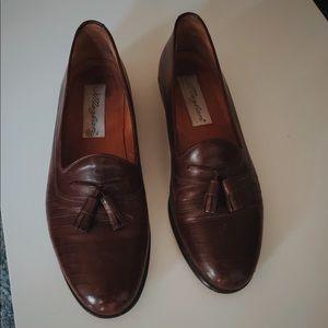 Authentic Mezlan leather dress shoes dark brown